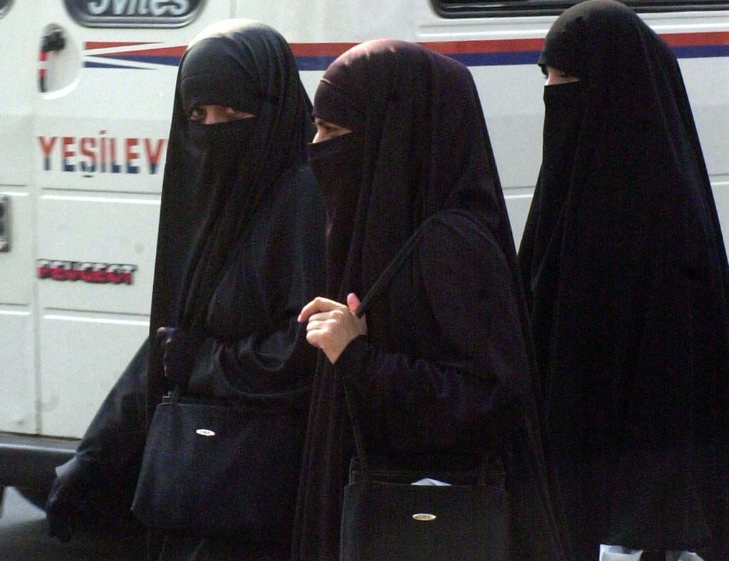 islam women abuse