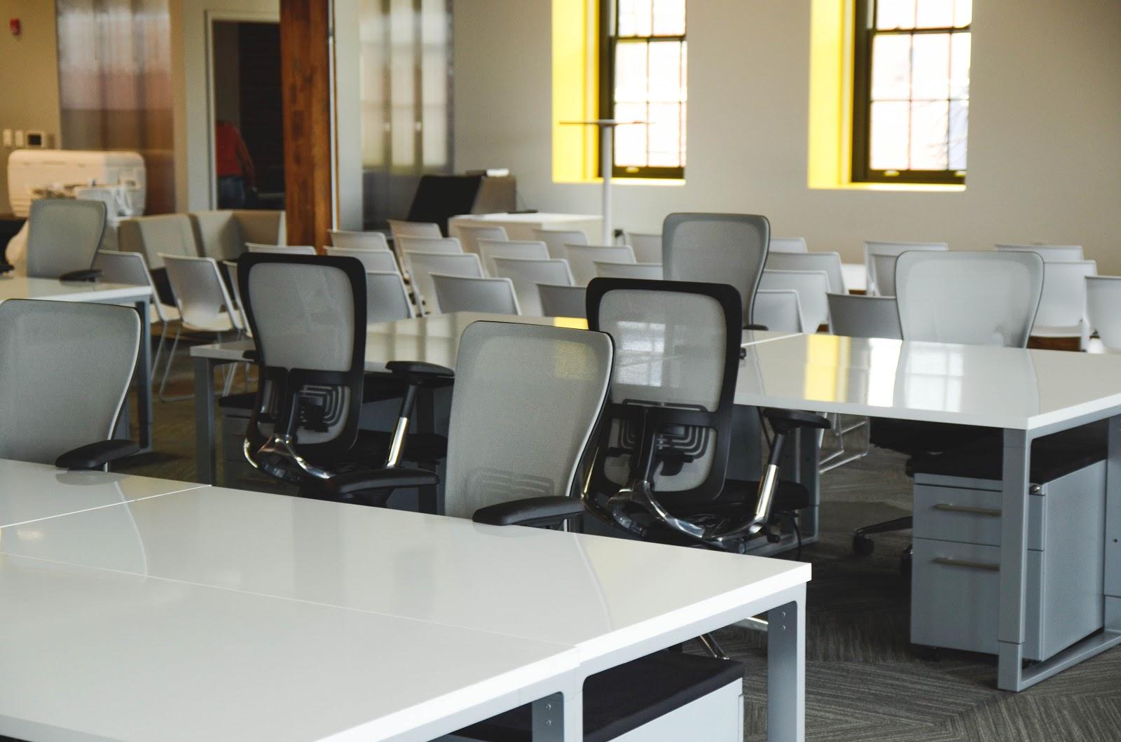 space-desk-office-workspace.jpg